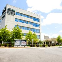 Pearlman Cancer Center